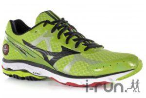 Cette chaussure Mizuno Rider 17 est disponible chez notre partenaire. © I-Run