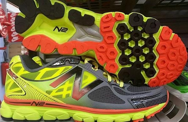 chaussure running New Balance 1080 v5