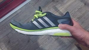Aimez vous le look de cette chaussure Adidas ? © Testeurs Outdoor