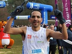 Avec sa grande expérience, Mohamed Serbouti délivre de précieux conseils sur l'alimentation marathon. © Ouest France
