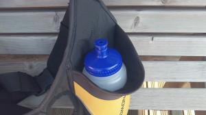 simple-hydration-dans-porte-bidon