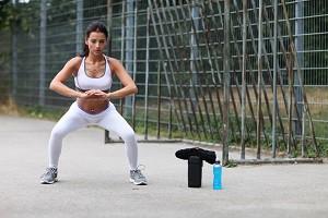 squat femme
