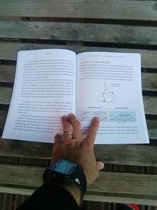 Voilà un exemple de pages de ce livre courir léger. © Testeurs Outdoor