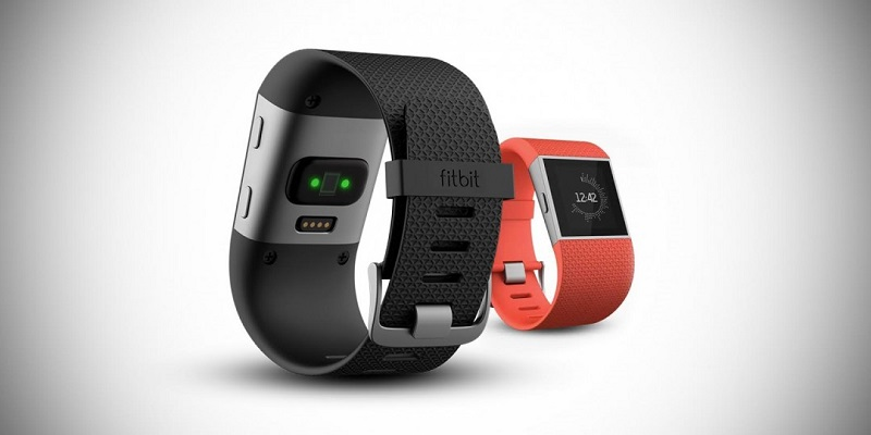 Fitbit Surge noire ou orange
