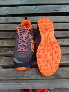 Crampons chaussure Inov-8 Roclite 295