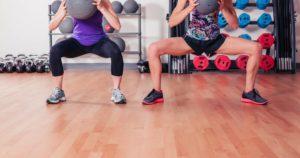 Squats jambes écartées