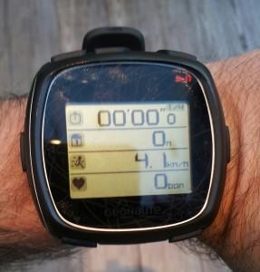 Les 4 écrans disponibles sur les montres Geonaute Onmove 710