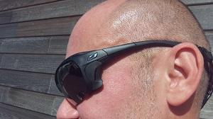 Vous pouvez voir la branche de ces lunettes Julbo Trek. © Testeurs Outdoor