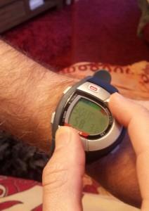 Montre cardio sans ceinture : En appuyant sur les deux boutons, ma fréquence cardiaque apparait