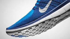 Vous pouvez voir ici cette chaussure running Nike Free Flyknit 4 en version bleue. © Nike