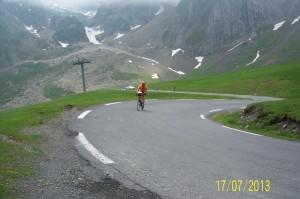 Vetement de velo de route : Qui a le plus souffert dans la montée du Tourmalet ? La tenue Ekoi ou moi ?