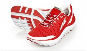 Cette chaussure de running Altra Paradigm possède la semelle la plus épaisse de la gamme. © Altra