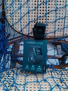 Voilà la montre Fitbit Surge que je vais tester. © Testeurs Outdoor