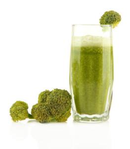 Je ne savais pas avant d'écrire cet article que le brocolis contenait un acide gras.. © Africa Studio - Fotolia.com