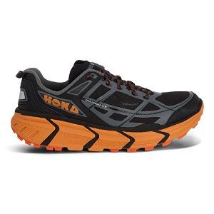 Cette chaussure Hoka Challenger ATR se décline aussi dans un joli ton de noir et d'orange, votre avis ? © Hoka