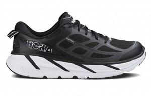 Voilà des chaussures running Clifton 2 dans un colori noir... © Hoka