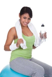 Combien d'eau boire par jour : boire durant votre pratique sportive est primordial ! © apops - Fotolia.com