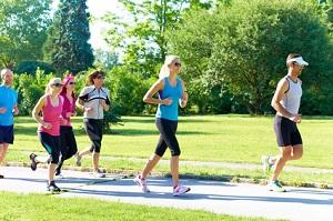 Un stage trail est souvent l'occasion de courir en groupe. © Hetizia - Fotolia.com