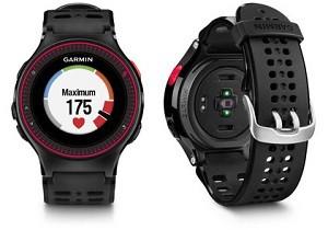 Vous pouvez voir ici le capteur sur la face cachée de cette montre GPS Garmin Forerunner 225. © Garmin