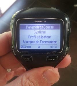 Nous voilà maintenant dans le coeur de la montre Garmin 910 XT. © Testeurs Outdoor