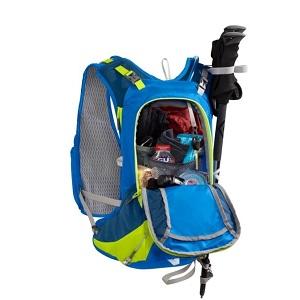 Beaucoup de rangements vous sont proposés dans ce sac Camelbak. © Camelbak