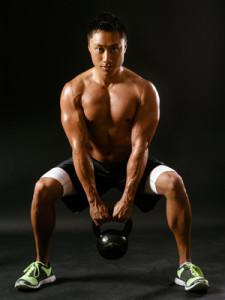 Entrainement sportif : et hop une petite série de squats !